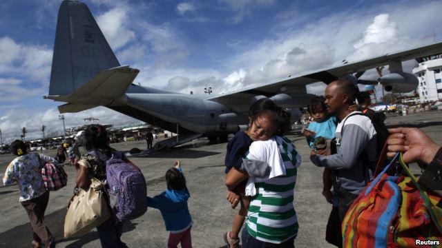 Збільшується допомога для постраждалих від тайфуну мешканців Філіппін