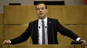 Медведєв заявив, що Росія перенесе західні санкції